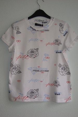 Женская футболка с розами от Бершка - Бершка BR0300-cl-ХS