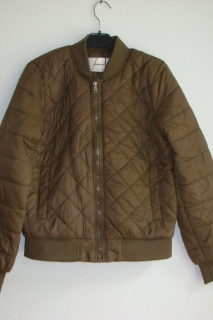 Женская куртка бомбер от Страдивариус Испания - Страдивариус Str0365-cl-S